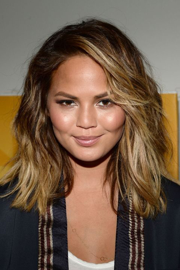 Hairstyles For Chubby Faces sleek short haircuts for round chubby faces Messy Lob For Girls With Chubby Faces