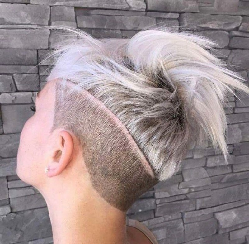 25 Edgy Pixie Undercut Ideas To Try Right Now August 2018