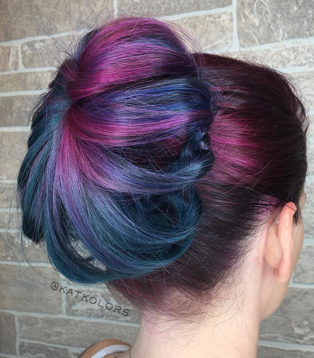 shadow roots with purple streaks